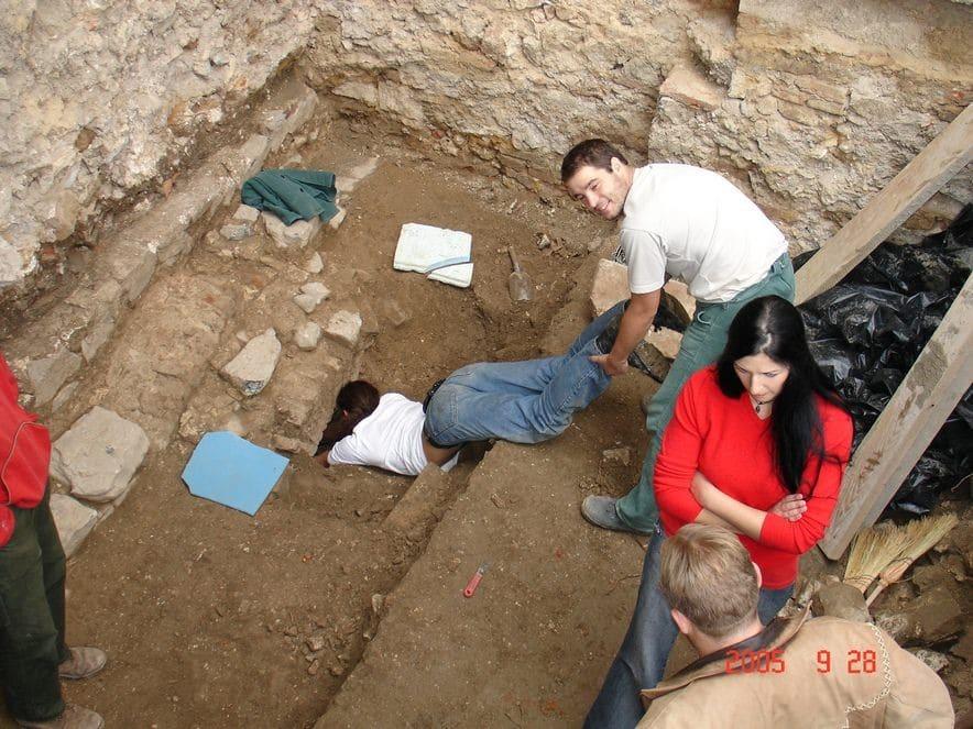 Első pillantás a XX. számú sírkamrába